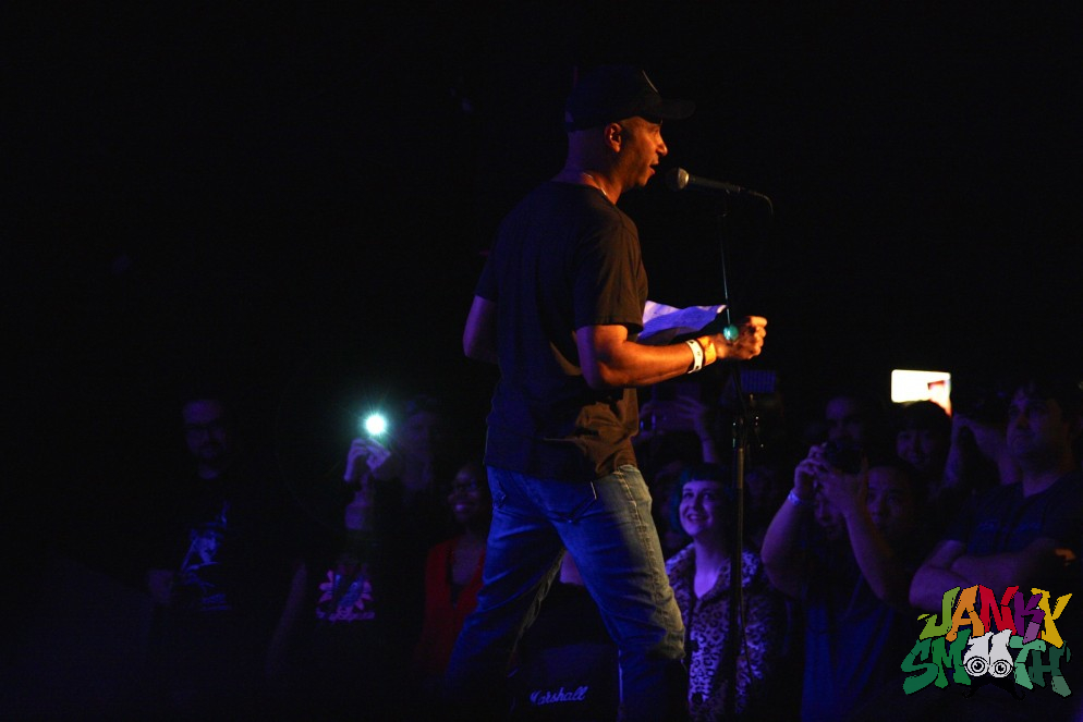 Tom Morello introducing Babes in Toyland