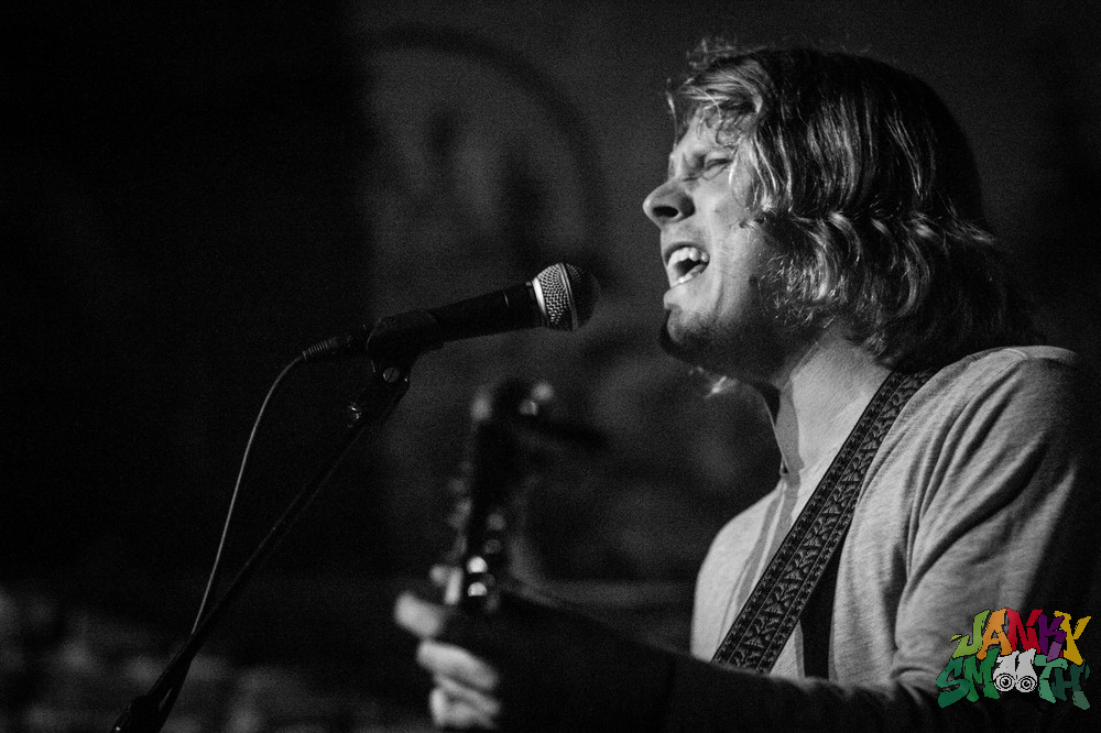 Ty Segall at The Smell shot by Julien Kelly
