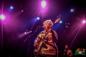 Shannon and the Clams at El Rey Theatre shot by Julien Kelly