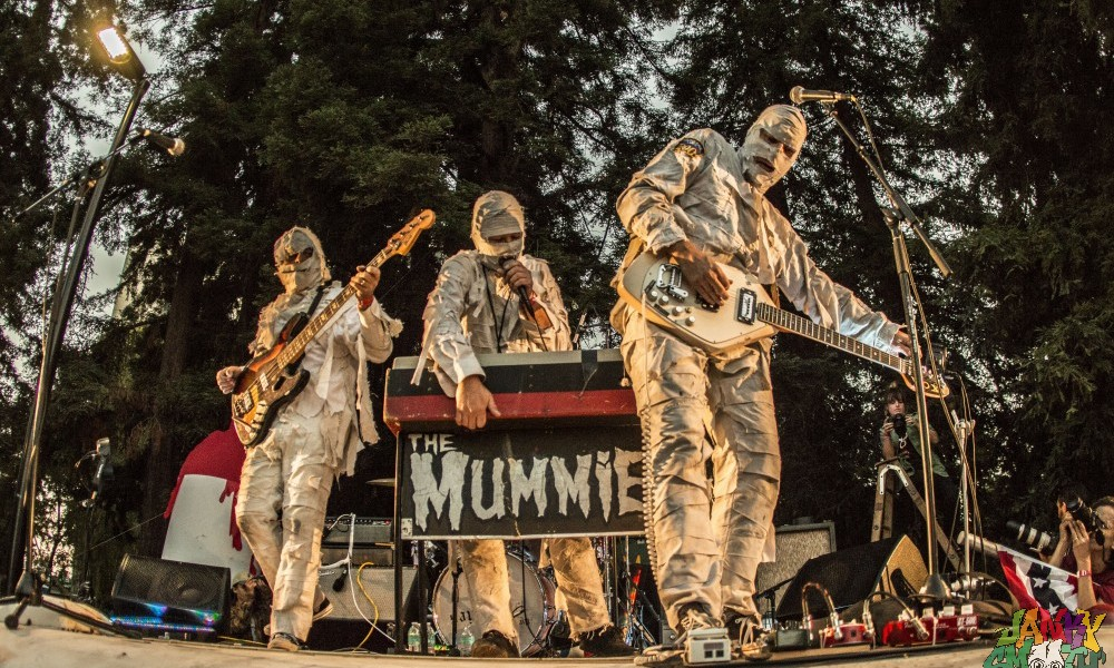The Mummies at Burger Boogaloo by Joanna Bautista