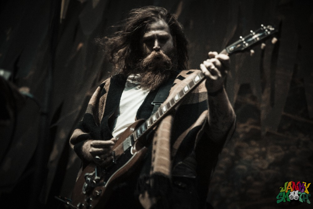 JJUUJJUU & Desert Daze Frontman- Phil Pirrone