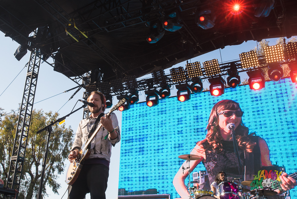 Silversun Pickups at When We Were Young