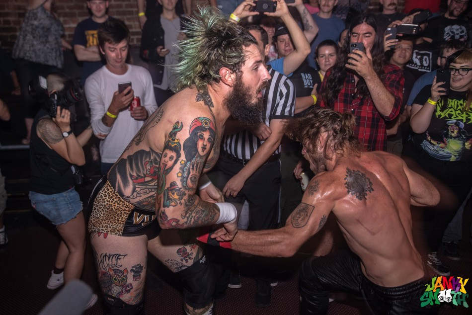 "Brody King vs ""Filthy"" Tom Lawlor"