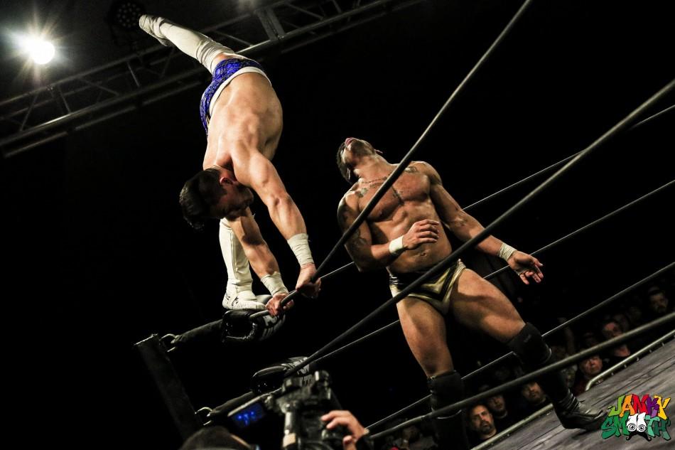 Jake Atlas vs Desmond Xavier
